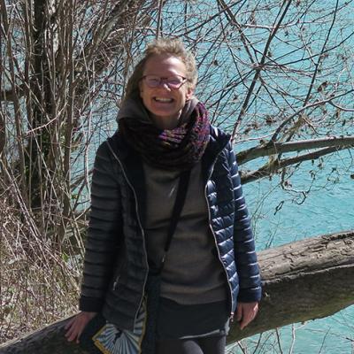 Dr Annelies Broekman